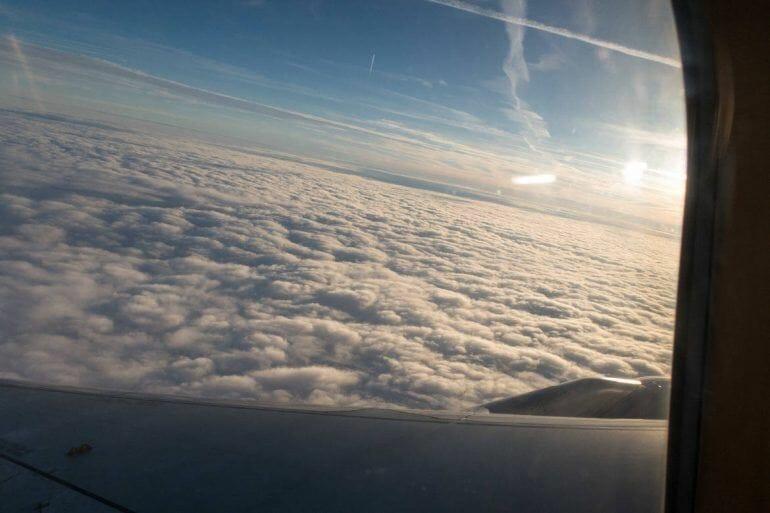Aussicht aus dem Flugzeug auf den Weg nach Johannesburg