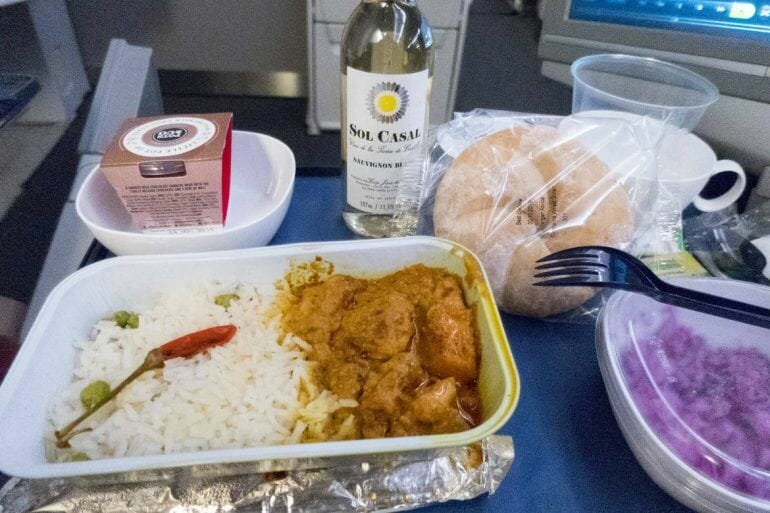 Essen im Flugzeug bei British Airways