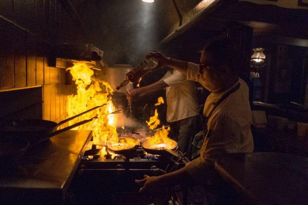 Küche im Nelsons Eye Restaurant in Kapstadt