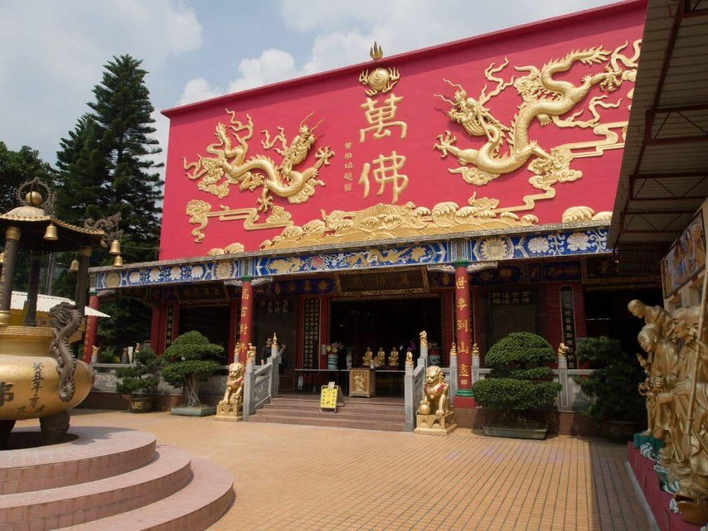 10000 Buddha Tempel in Hongkong