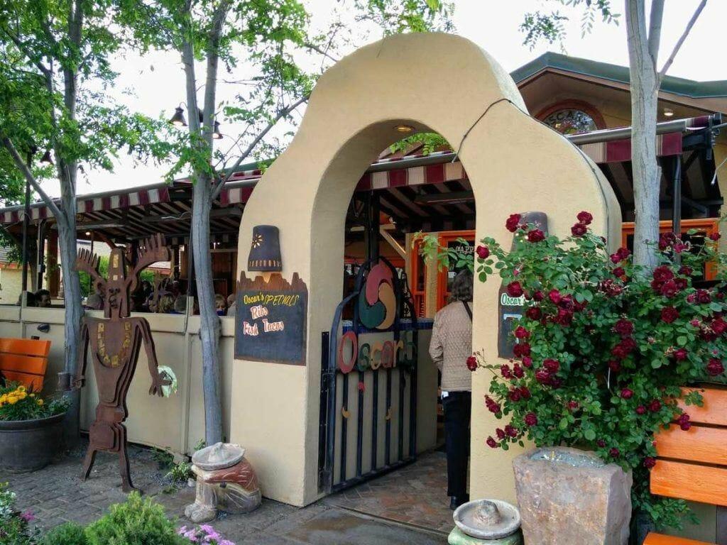 Eingan Oscars Cafe in Springdale