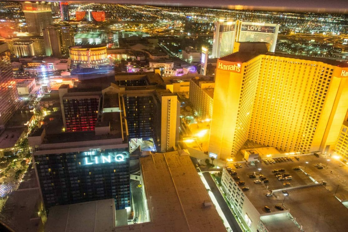Las Vegas nachts vom High Roller aus fotografiert
