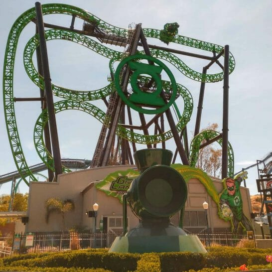 Achterbahn im Six Flags in Los Angeles