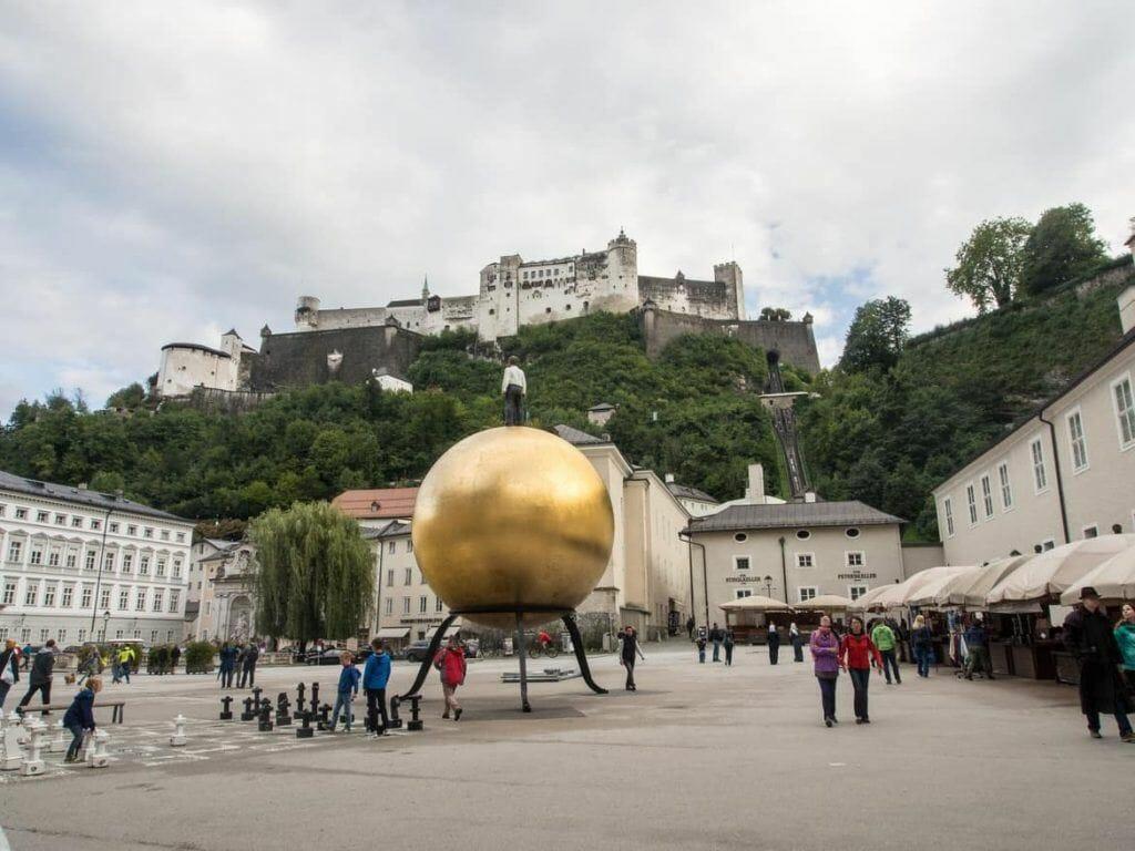 Festung Salzburg von der Altstadt aus gesehen