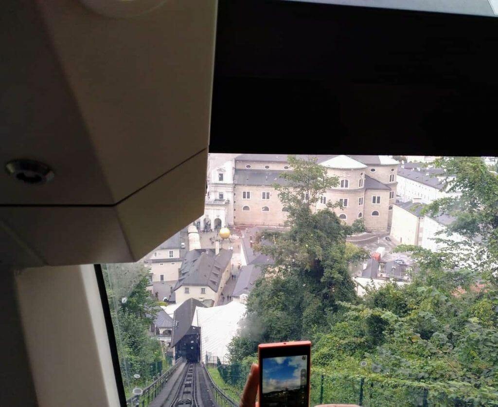 Foto aus der Standseilbahn Festung Salzburg