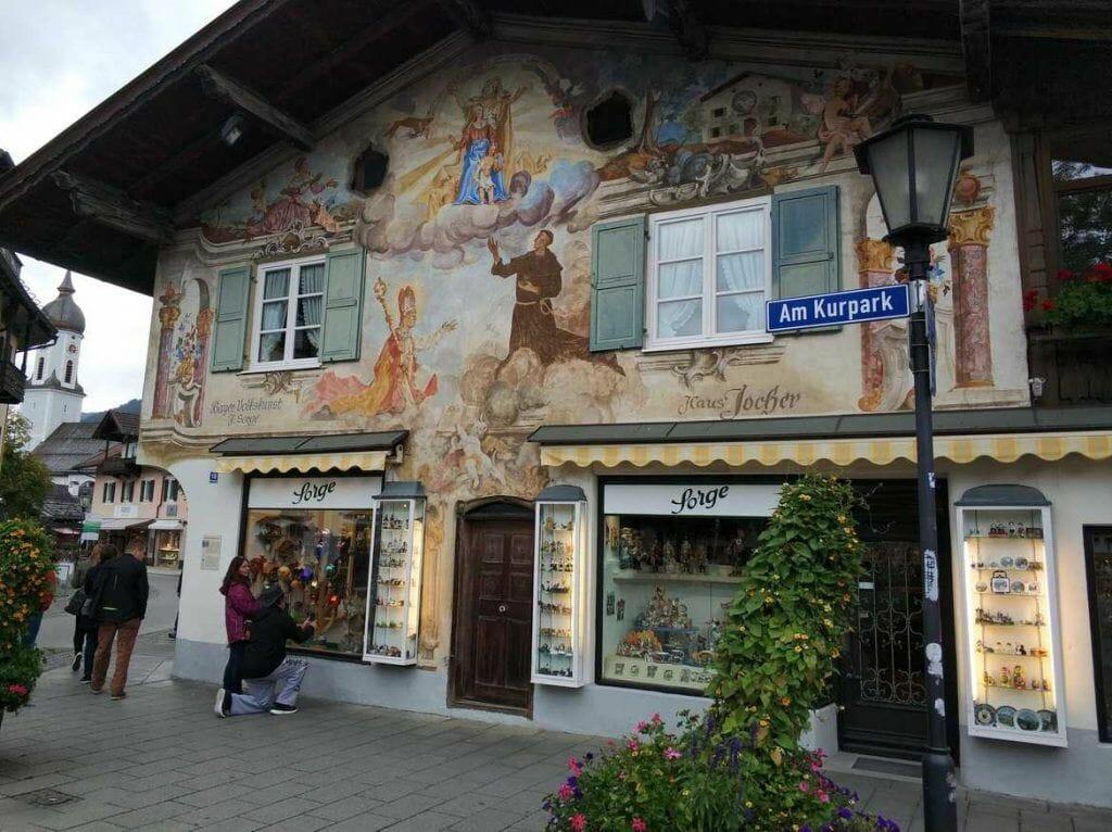bemaltes Haus in Garmisch-Partenkirchen