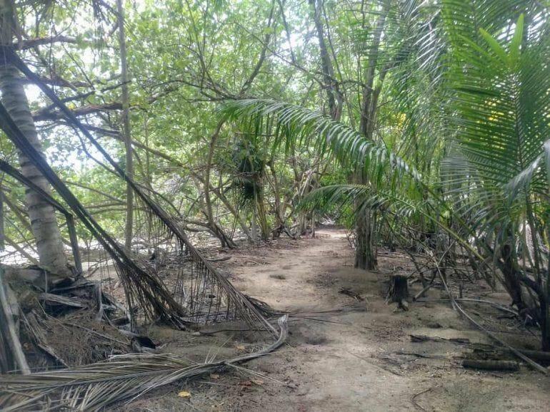 Auf dem Weg zum Doctors House auf Curieuse Seychellen