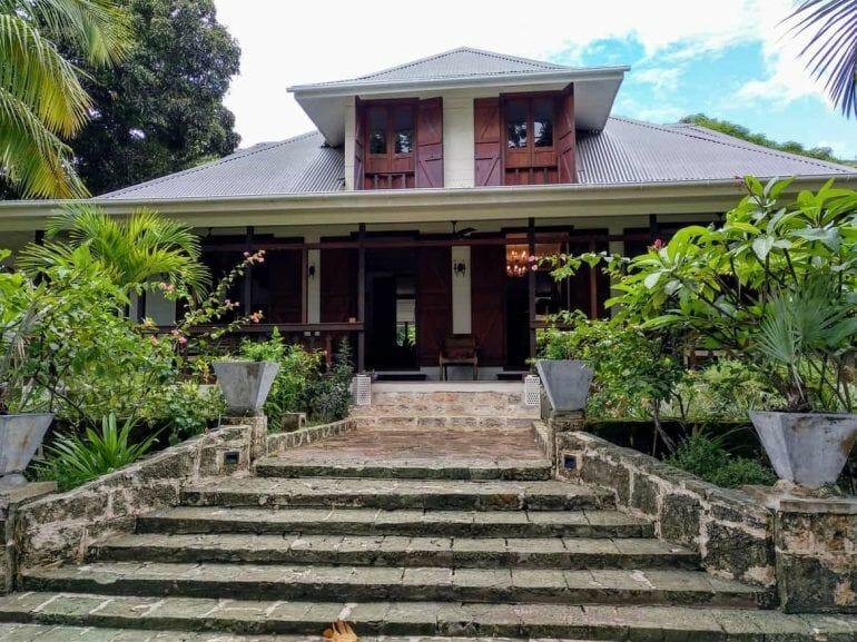 Kolonialhaus auf der La Plaine St. Andre Plantage auf Mahe Seychellen Takamaka Rum
