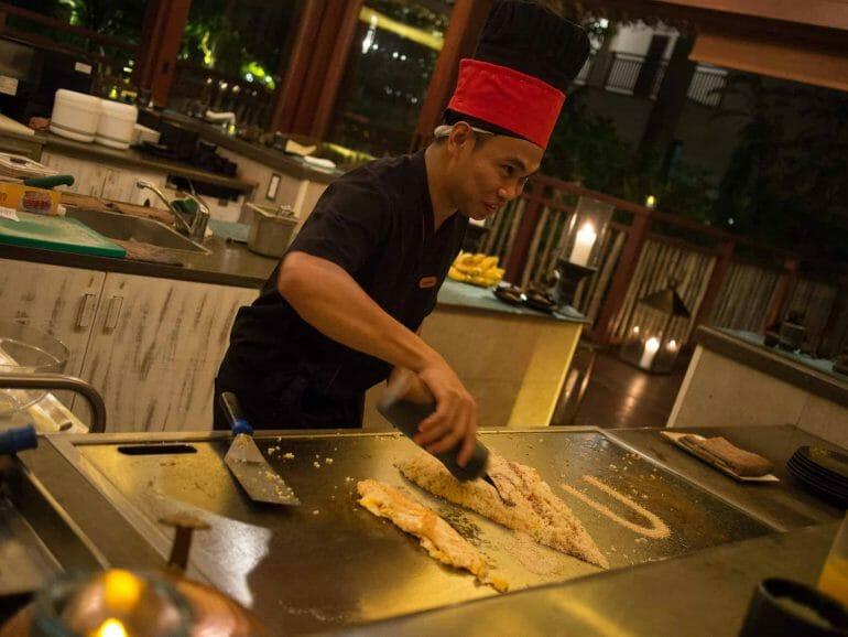 Koch im Seyshima im H-Resort auf Mahe Seychellen