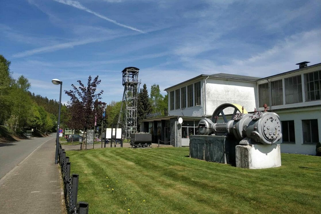 Außensicht Sauerländer Besucherbergwerk in Ramsbeck Deutschland