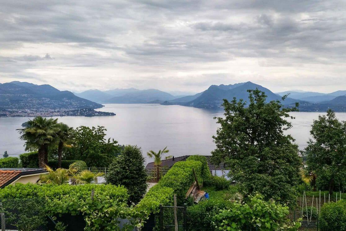 Ausblick auf den Lago Maggiore in Italien