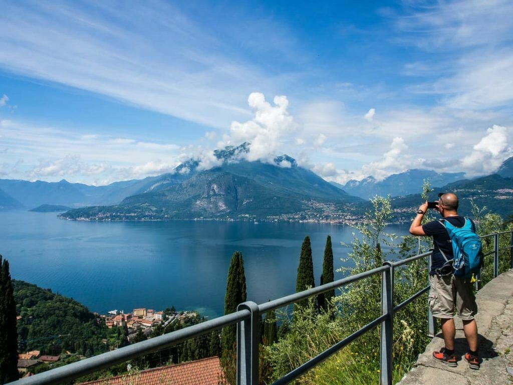 Stephan beim Fotografieren am Comer See Italien