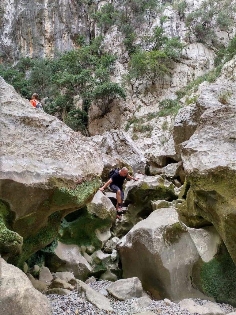 Felsbrocken im Torrent de Parais auf Mallorca