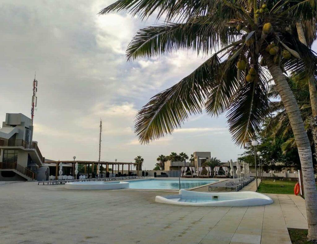 Pool vom Hotel Praiamar auf Santiago Kapverden