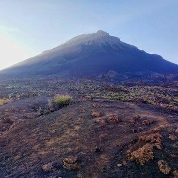 Morgenlicht am Pico Grande auf Fogo Kapverden