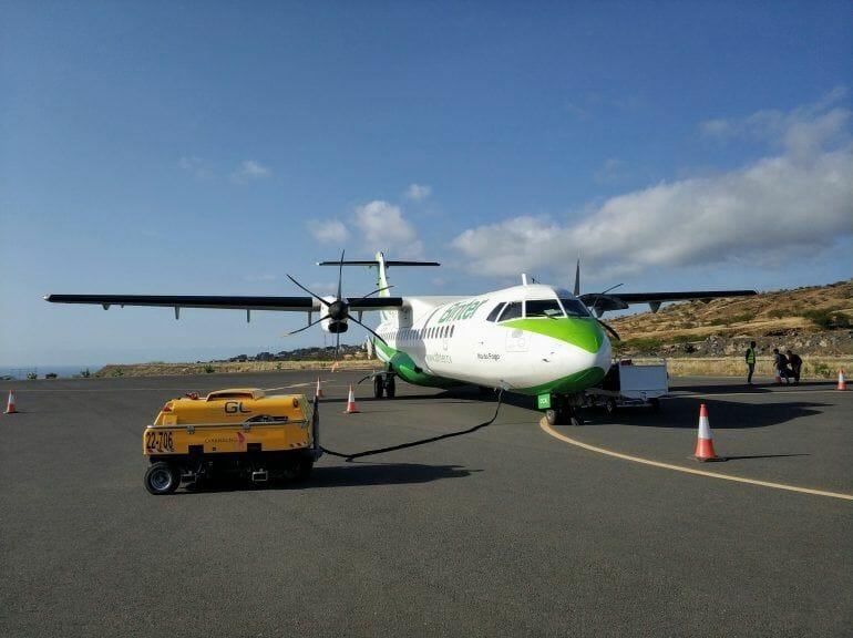 Flugzeug auf dem Flughafen Fogo Kapverden