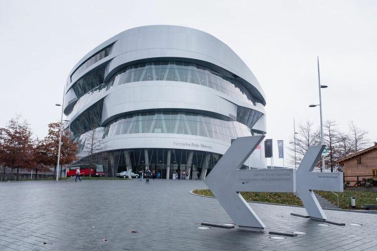 Mercedes-Benz Museum in Stuttgart von außen