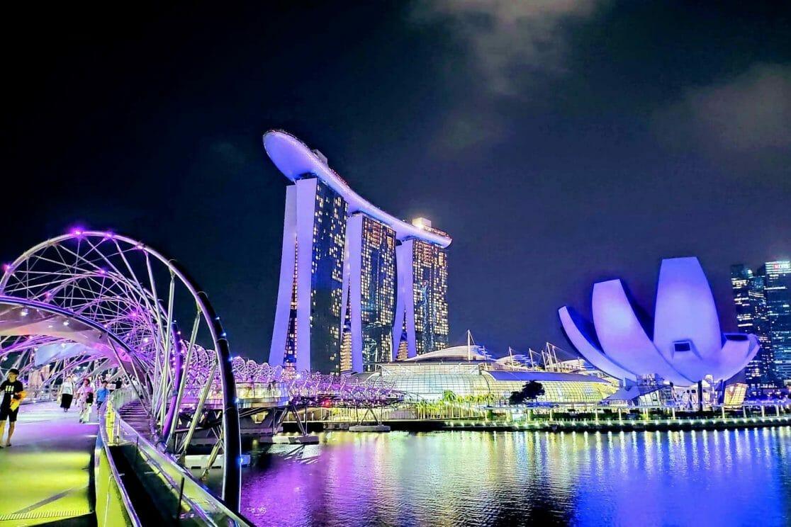 Singapur Skyline bei Nacht