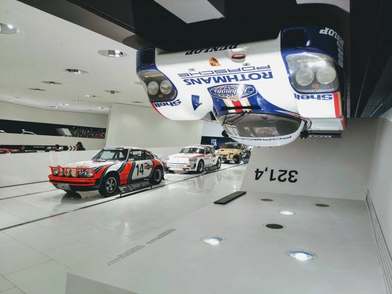 Sportwagen im Porsche Museum Stuttgart