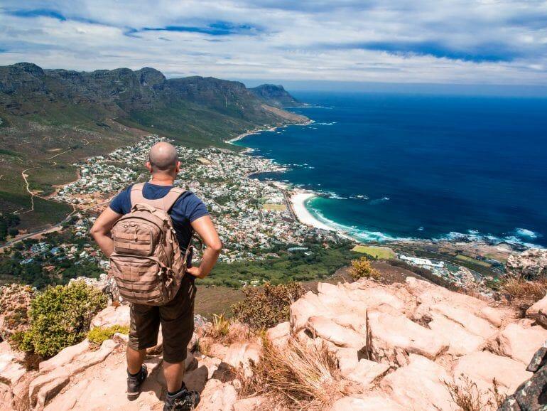 Blick über Camps Bay Kapstadt Südafrika