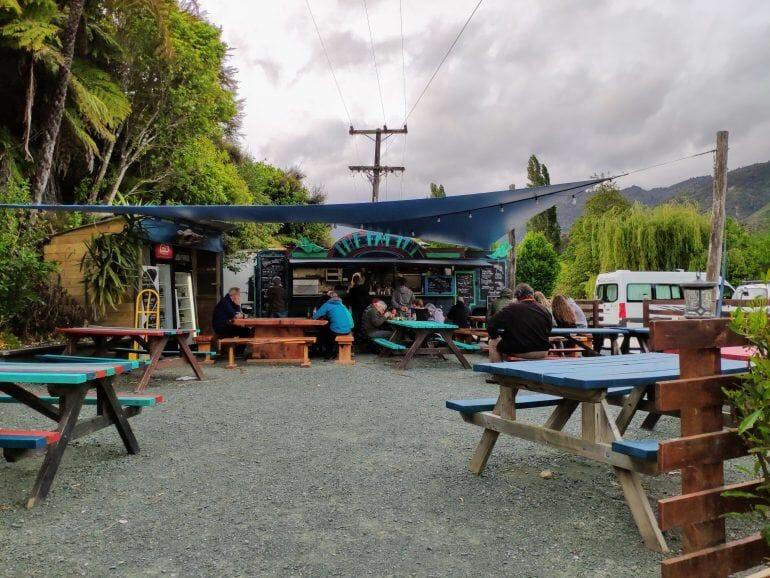 The Fat Tui Food-Truck Abel Tasman Neuseeland